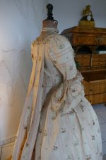 44 antique robe a la Francaise 1770