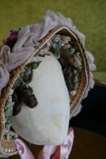 19 antique bonnet 1860