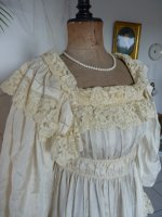 3a antique negligee 1900
