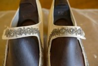 18 antique wedding boots 1906
