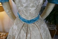 31 antique evening gown 1895