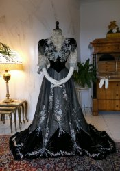 antique Gustave Beer gown 1906