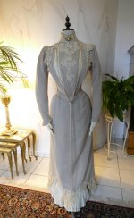 29 antique dress Redfern 1901