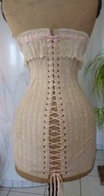 19 antique corset 1908