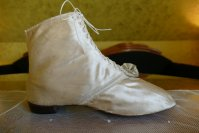 14 antique wedding boots 1818