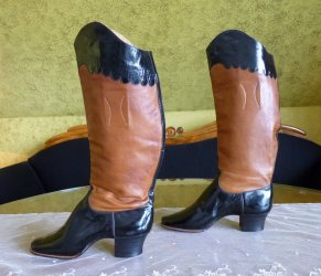 antique ridding boots 1890