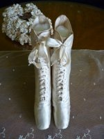 13 antique wedding shoes 1875