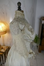 31 antique gown 1904