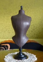 2 antique-table-mannequin