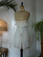 3 antique au royal corset 1910