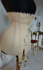 6 antique corset 1904