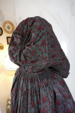 23 antique hooded cape 1790