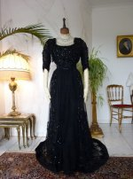 9 antique ball dress 1901