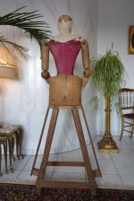 17 antique mannequin 1800