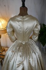 20 antique wedding dress 1845