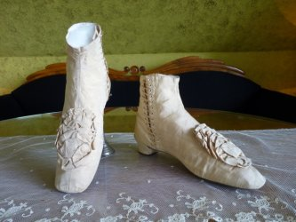 antique wedding shoes 1830