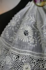 5 antique jabot 1910