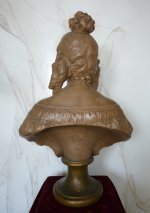 6 antique female bust