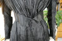 4antique afternoon dress 1907