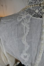 17 antique blouse 1901