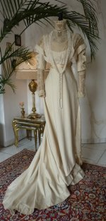 Jugendstil-Kleid, Jugendstilkleid, Kleid aus dem Jugendstil, antikes Kleid, antikes Abendkleid, Kleid 1910, Mode um 1910, antikes Kleid kaufen, robe ancienne, antieke jurk, victoriaanse kleding, antik ruha, antikes Galakleid, antiker Mantel, manteau ancien