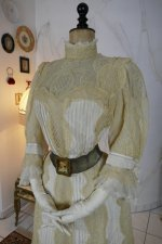 13 antique dress 1901