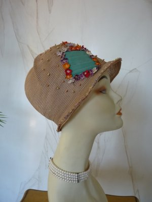 antique hat, antique sommer hat, sommer hat 1920, hat 1925, antique dress, antique gown, hat 20s, chapeau ancien, Cloche 1920, Cloche 1925, strow hat 1925Hut 20er, antikes Kleid, Mode um 1925, Kostüm 1925, Kleidung 1920, antieke hoeden