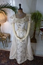16 antique Ball gown 1890