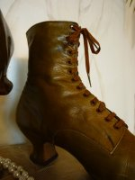9 antique lace up boots
