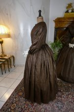 43 antique afternoon dress 1840