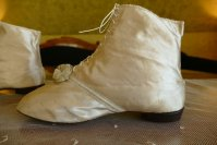 11 antique wedding boots 1818