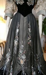 4 antique Gustave Beer gown 1906