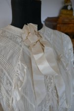 14 antique dressing gown 1890