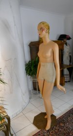 66 antique Siegel Mannequin 1932