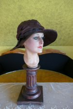 12 antique Hat 1928