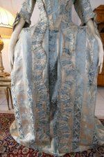 9 antique robe a la francaise 1770
