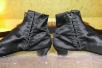8 antique boots 1855