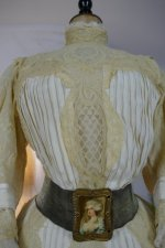 7 antique dress 1901