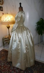18 antique wedding dress 1845
