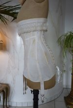 11 antique corset 1910