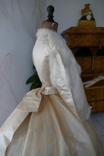 34 antique wedding dress 1876