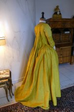 40 antique robe a la francaise 1760