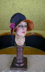 17 antique cloche 1926