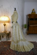 16 antique dress 1901