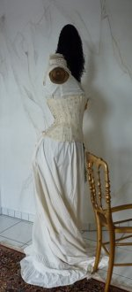 29 antique corset