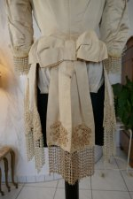 30 antique silk jacket 1895