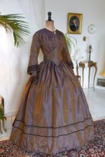16a antique dress 1840