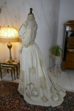 21 antique gown 1904