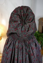 21 antique hooded cape 1790