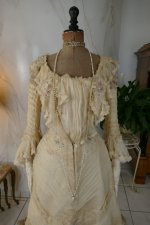 3 antique society dress 1901